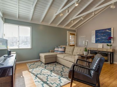 Photo for Adorable duplex condo w/ furnished patio, fenced yard - dogs welcome!