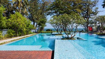 Photo for Baan Sandao Beachfront Condominium