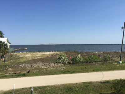 Photo for Bayfront family home w/  beach area