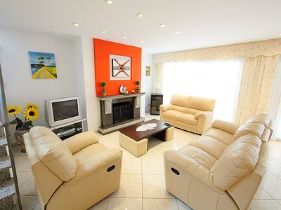 Photo for Vacation home Llobregat 41b in Empuriabrava - 8 persons, 4 bedrooms