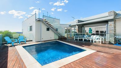 Photo for The Lookout - Ultra Modern and Luxurious with pool