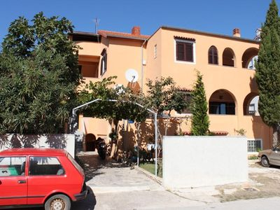Photo for Apartment in Medulin (Medulin), capacity 6+2
