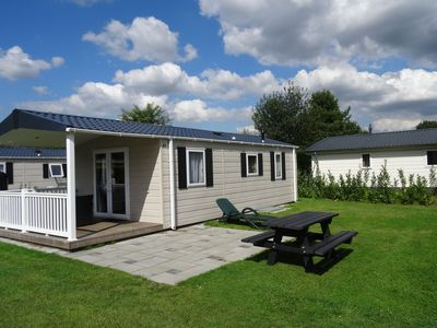 Photo for Well-furnished chalet near the Loonse and Drunense Duinen