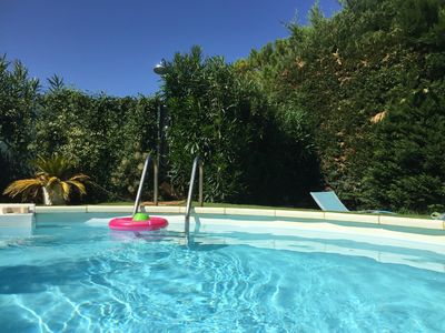 Photo for A few steps from the Montagnette, charming air-conditioned house & shared pool