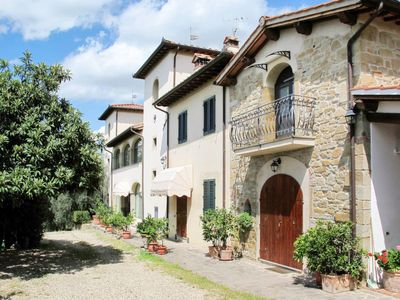 Photo for Apartment Villa Le Masse (CFS353) in Castelfranco di Sopra - 4 persons, 1 bedrooms