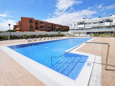 Photo for Luxury Family Apartment with Heated Swimming Pools - Apartment for 4 people in Granadilla de Abona
