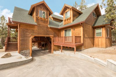Exterior - A one-of-a-kind vacation awaits at this luxury log cabin with almost 4,000 square feet of upscale living space and 1,200 square feet of decking.