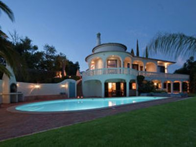 Photo for Superb villa with private swimming pool at 10 minutes from Silves.