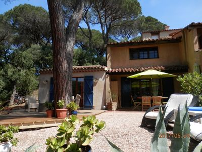 Photo for Beau Mazet 75m2, large garden in pine forest, private estate with swimming pool, tennis ..