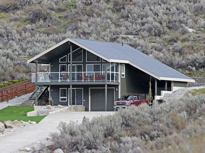 Photo for Immaculate Sun Cove/Lake Entiat Home with Unparalleled Lake & Mountain Views!