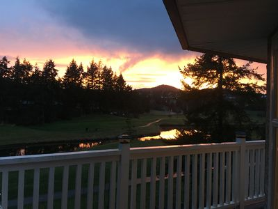 Photo for Spacious 2 bedroom suite on Prestigious Fairwinds Golf Course
