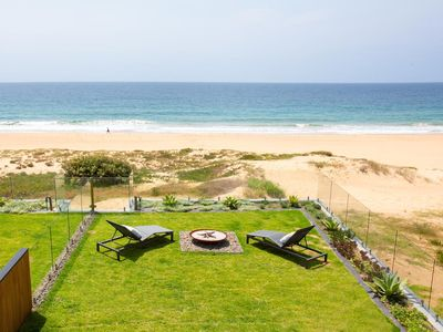 Photo for Luxury Beach House with direct Beachfront Access