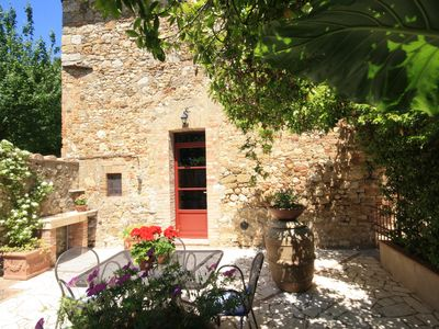 Photo for Cozy apartment in Chianti Villa, large pool, wi-fi, A/C, minutes from Siena