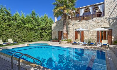 Photo for Asteri villa - Private pool-family-friendly- 5' from Beach-close to monuments