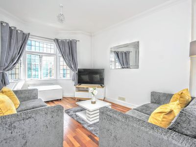 Photo for Celebrity Apartments Brighton, Queens Square