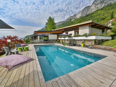 Photo for Veyrier du Lac- Prestige, Lake view, Pool: MX