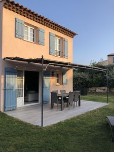 Photo for 3 bedroom villa with garden in residence with swimming pool