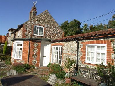 Photo for 2 bedroom Cottage in Stiffkey - NCC49