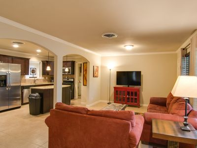 Photo for Easy Access To All Of San Antonio, River Walk, LaCantera, Military/BMT Discounts