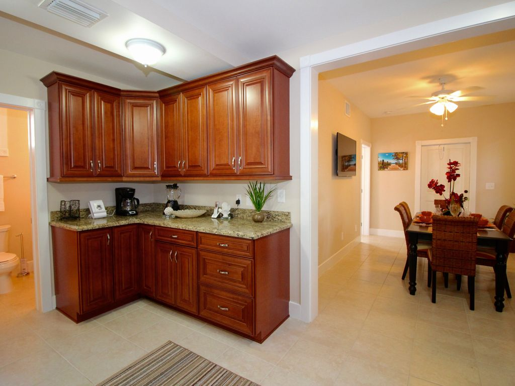 authentic 4bed 3 bath conch house in old town key west florida