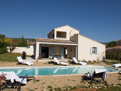 Photo for Luxury holiday home with heated pool in the heart of the Luberon