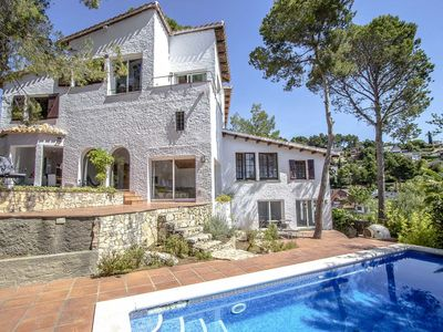Photo for Mountain villa in Fontpineda for 14 guests, only 30km from Barcelona!