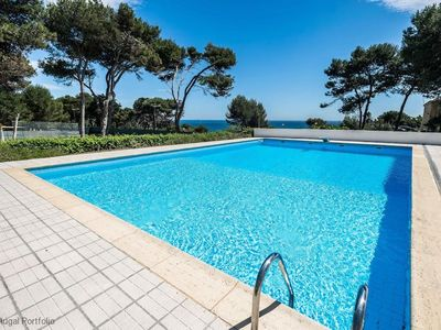 Photo for Stunning Seafront Villa in Cascais, sleeps 8 - w/pool, tennis court, parking