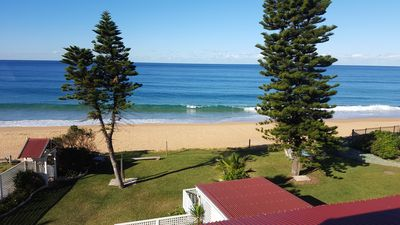 Photo for Dolphin & Whale watching Seaview Escape with beachfront access (A8)