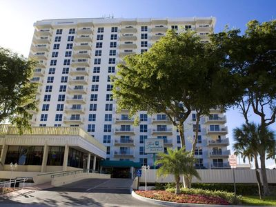 Photo for Excellent Location - 1 Bedroom Fort Lauderdale Beach Resort - Sleeps 6.