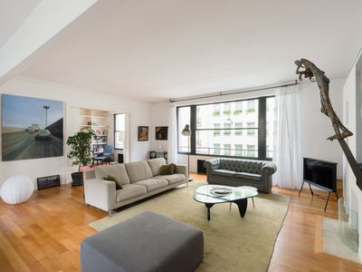 Photo for Rue Cognacq Jay - Two Bedroom Apartment, Sleeps 7