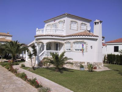 Photo for Holiday house L'Ampolla for 1 - 6 persons with 3 bedrooms - Holiday home