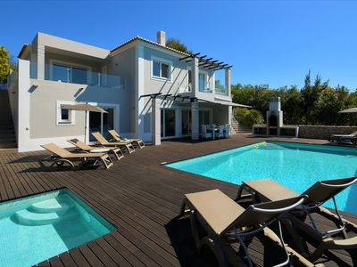 Photo for Contemporary villa private pool [heating on request], free wifi, near the beach.