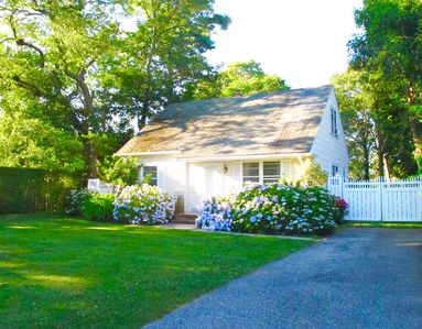 Photo for Cottage in Southampton Village; Relax in your own private park!