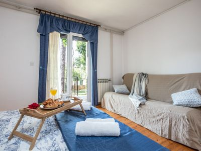 Photo for Apartment Folo in Poreč/Tar - 4 persons, 2 bedrooms