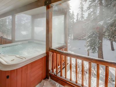 Photo for Gracious & Expansive Home❄Steps to Lifts❄Easy toShuttle/Village❄Hottub/Sauna/Gar