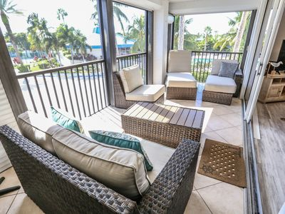 Beautiful Condo in a Gated Community Just Across from the White Sandy Beach of Fort Myers