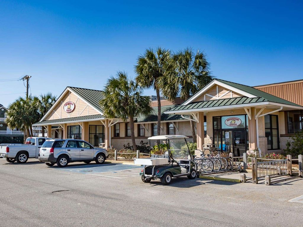 In The Heart Of Ocean Lakes Beautifully Redecorated 2br With Golf Cart Surfside Beach Myrtle