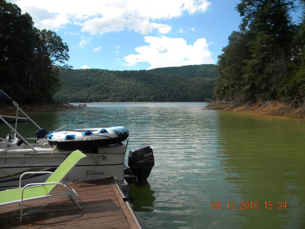 Lake Front Property on Watauga Lake Tennessee - Butler