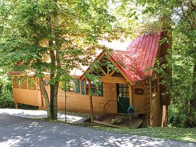Photo for Hummingbird Haven Cabin in Pigeon Forge