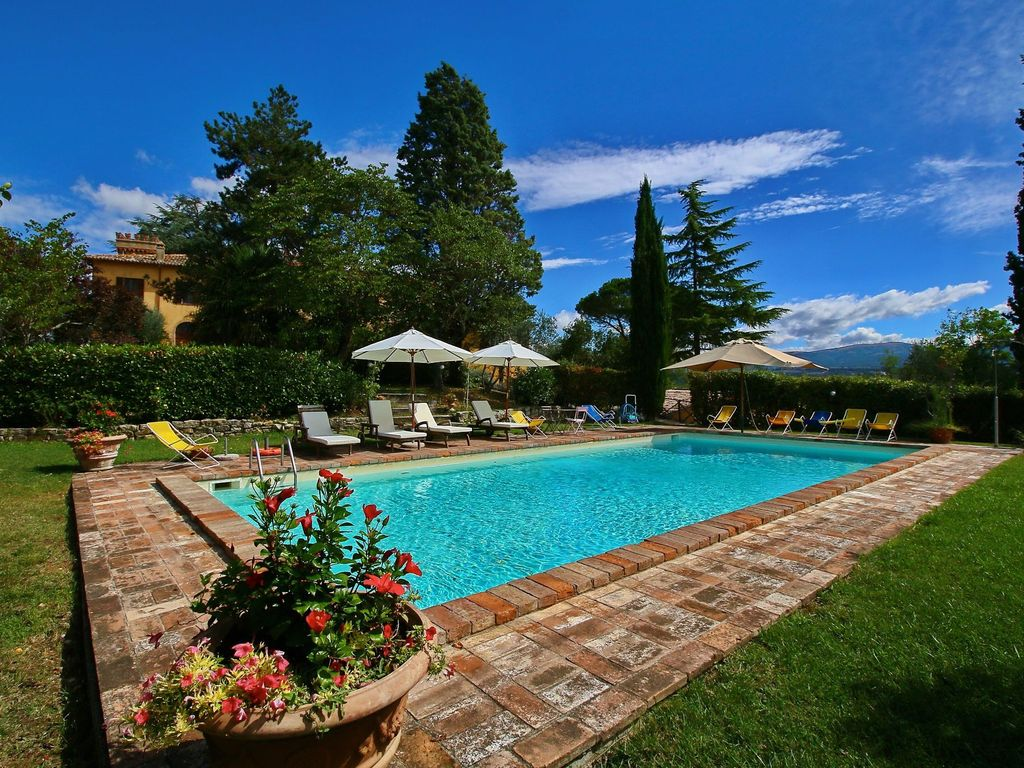 Beautiful Agritourism On A Lightly Sloping Hill Todi