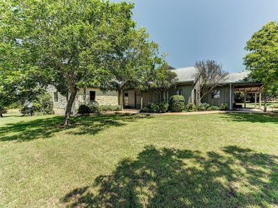 Photo for Relaxing Ranch-Style Home On 5 Acres W/Private Pool - Near Tons Of Wineries