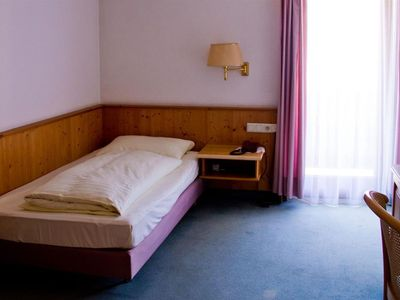 Photo for Single room, shower or bath, WC - Hotel Munde