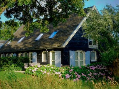 Photo for Cosy apartments / group accommodation in the Vecht and the green heart