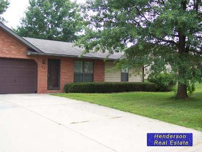 Photo for Beautiful 2 bedroom duplex near St. Louis