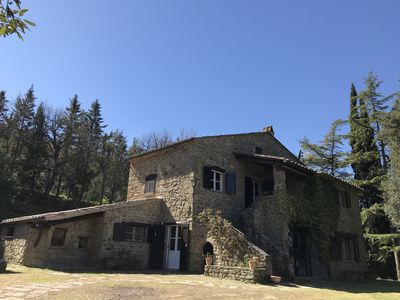 Photo for Lovely villa with private swimming pool and panoramic views on Cortona