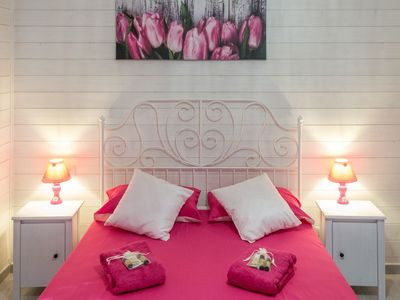 Photo for THE FRAGRANCE OF NATURE Bed and Breakfast Origano Room