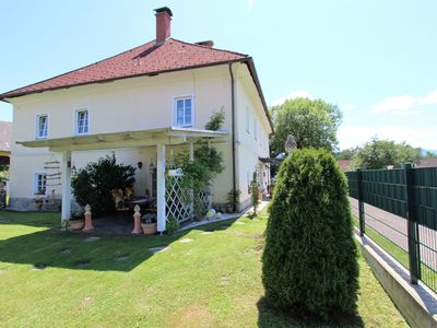Photo for Beautiful holiday home with 800 m² garden in a quiet location just outside Klagenfurt am Wörthersee