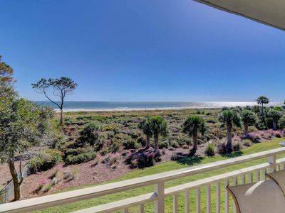 Fabulous and renovated 3rd floor oceanfront condo!