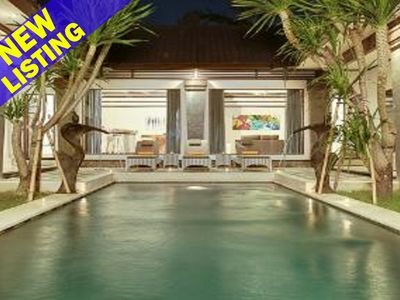 Photo for New 5 Bedroom Villa 5mins to Eat St;