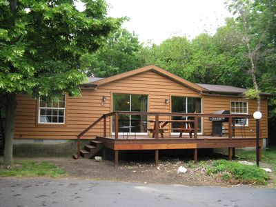 Photo for Ten People Can Enjoy this Big Cottage at the Island Club - 3 BR, 2 BA